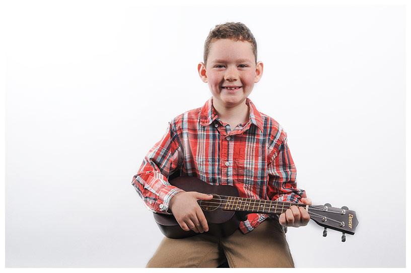 learn to play guitar ukulele oakville